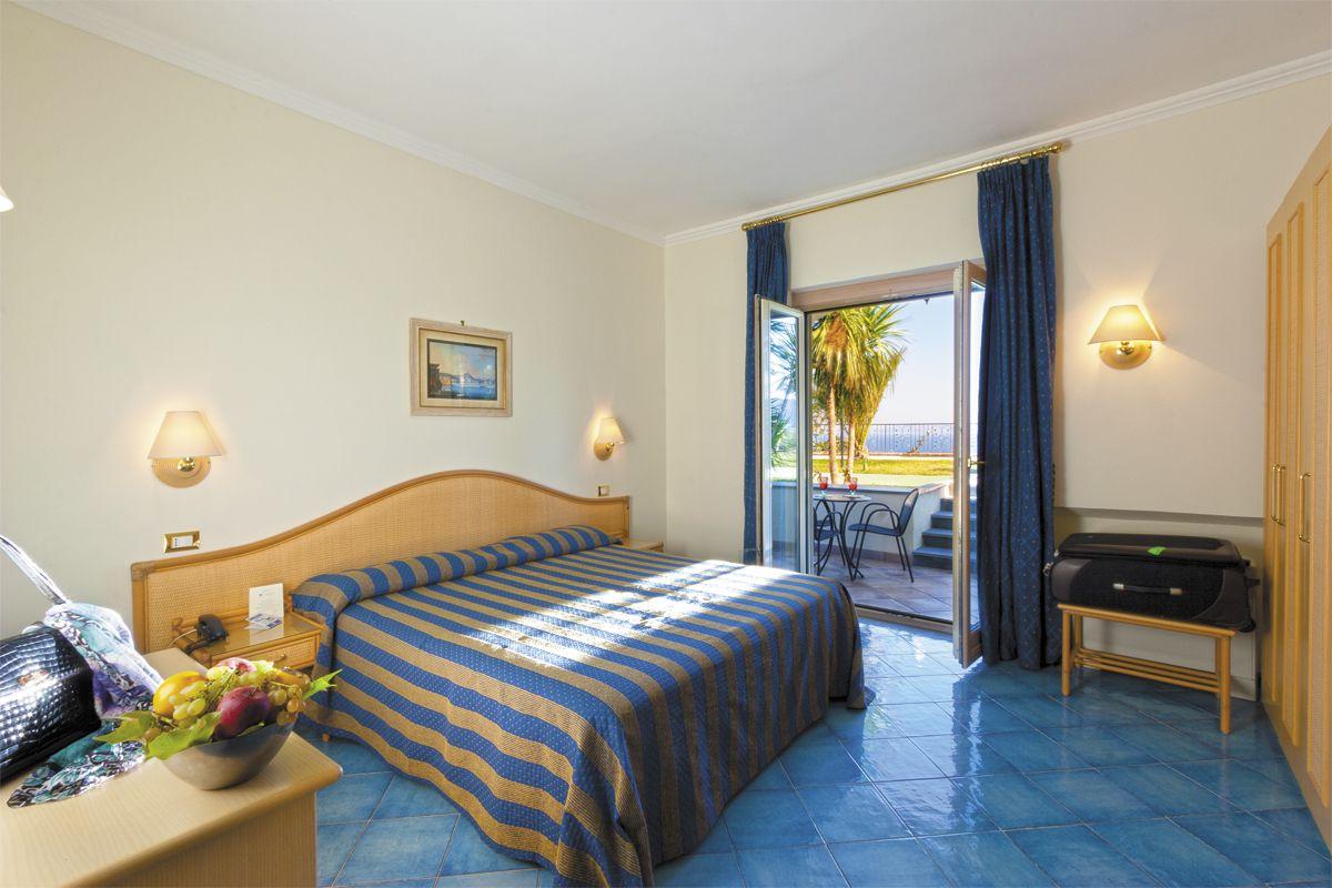Camera con Balcone Vista Mare Resort Grazia Terme & Wellness